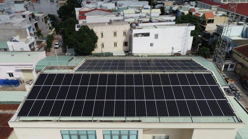Tạm dừng đề xuất, thỏa thuận các dự án điện mặt trời theo cơ chế giá FiT