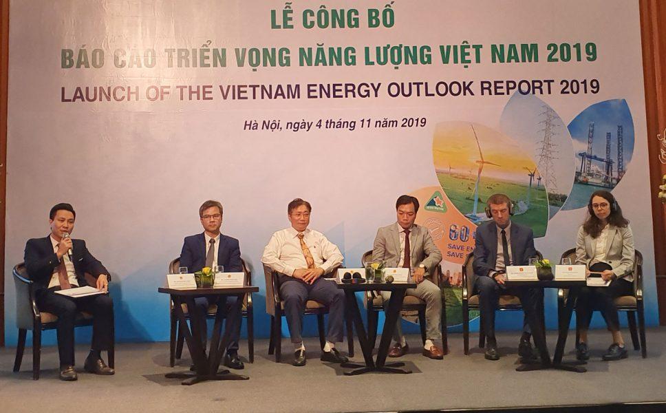 công bố báo cáo triển vọng năng lượng việt nam 2019