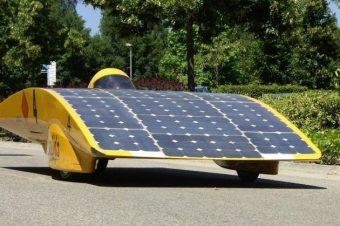 Xe ô tô sử dụng pin mặt trời hữu cơ – Công nghệ mới trong ô tô