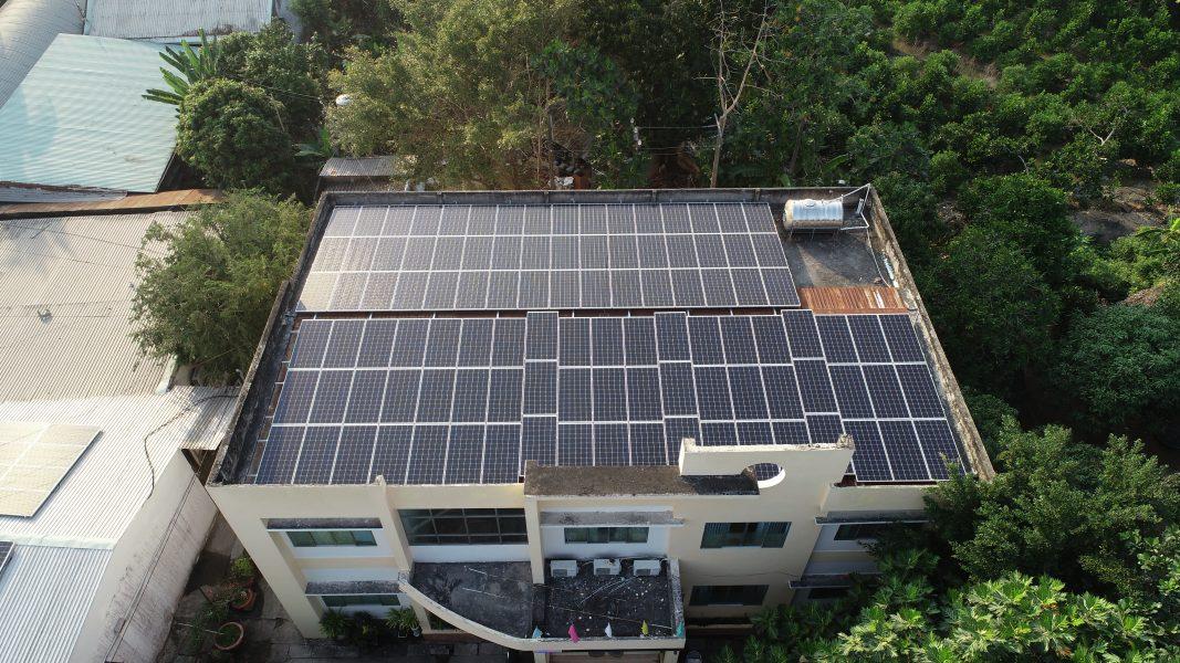 EHCMC thực hiện áp mái điện mặt trời mái nhà