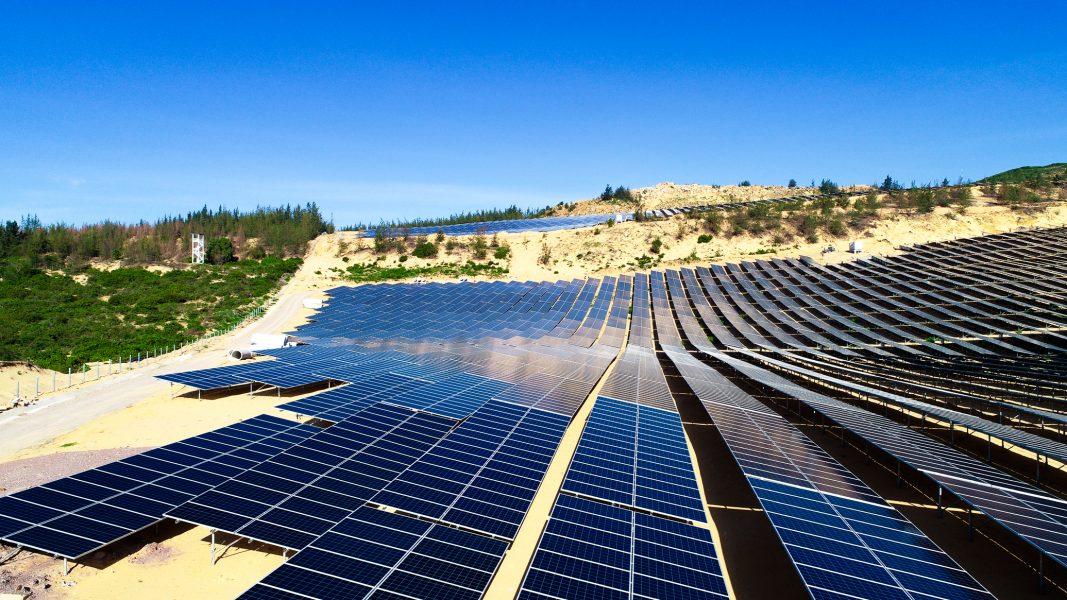 nhà máy điện mặt trời Fujiwara
