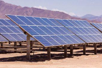 Công nghệ mới hỗ trợ pin mặt trời tự làm mát