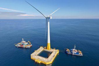 Ra Biển Đông đón nguồn điện vô tận: Sóng gió khó lường